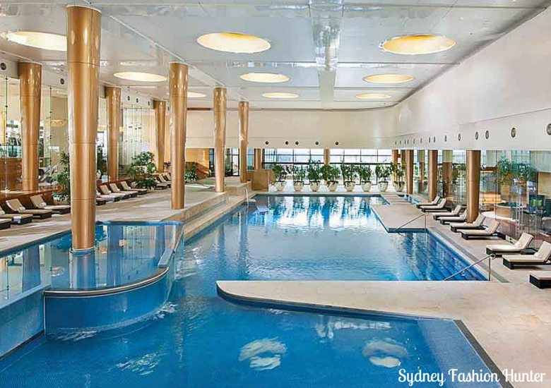 Sydney Fashion Hunter: Crown Towers Melbourne Pool