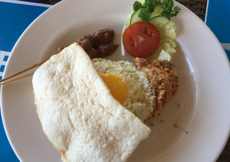 Fash Packing by Sydney Fashion Hunter: Resturant Review Benno's Sanur Bali - Nasi Goreng