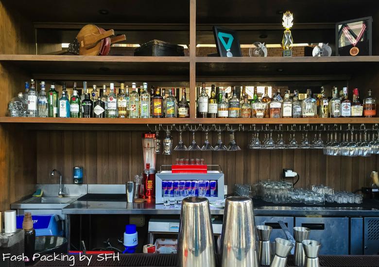 Fash Packing by Sydney Fashion Hunter: Romeos Bar & Grillery - Bar