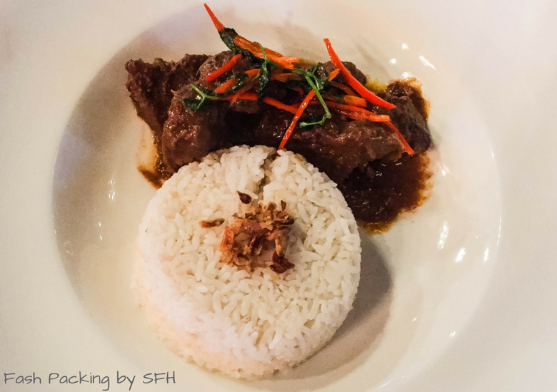 Fash Packing by Sydney Fashion Hunter: Romeos Bar & Grillery - Rendang