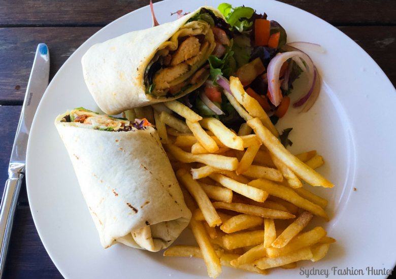 Sydney Fashion Hunter: Hamilton Island Wining & Dining - Marina Tavern - Chicken Tandori Wrap