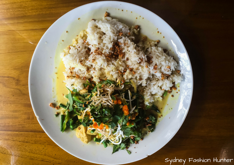 Fash Packing by Sydney Fashion Hunter_ Melting Wok Warung Ubud Bali - Chicken Coconut Curry with Rice