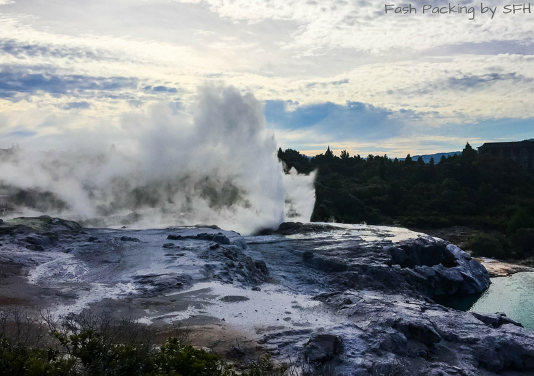 Fash Packing by SFH: Regent Of Rotorua A Boutique Hotel - Te Puia Geyser