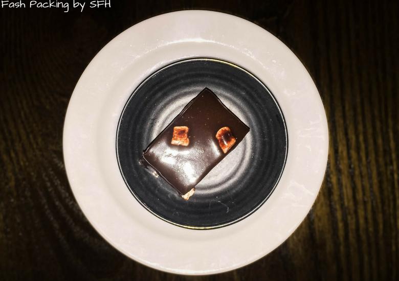 Fash Packing by SFH: Skyline Rotorua Stratosfare Restaurant - Chocolate Cake