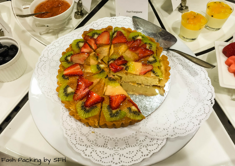 Fash Packing by SFH: Emirates A380 First Class Review - Auckland International Airport Emirates Lounge - Dessert Buffet