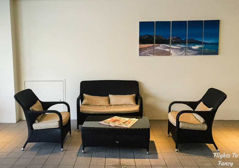 Flights To Fancy: Grand Chancellor Hotel Hobart - Pool Chairs