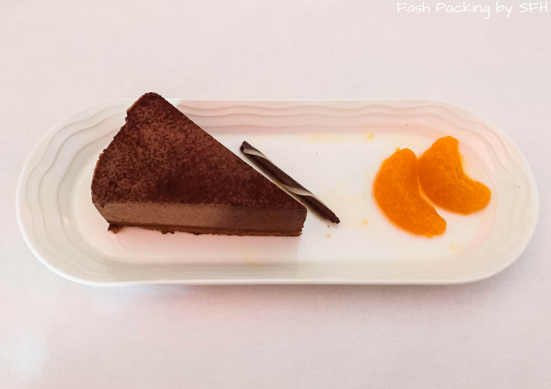 Fash Packing by SFH: Emirates A380 First Class Review EK419 Auckland to Sydney - Chocolate Mousse