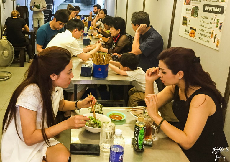 Flights To Fancy: Bun Bo Nam Bo Hanoi - Dining Room