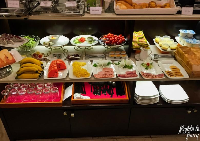 Flights To Fancy: Hanoi Glance Hotel Review - Breakfast Buffet