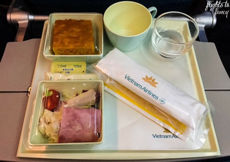Flights To Fancy: Vietnam Airlines Review - Dinner