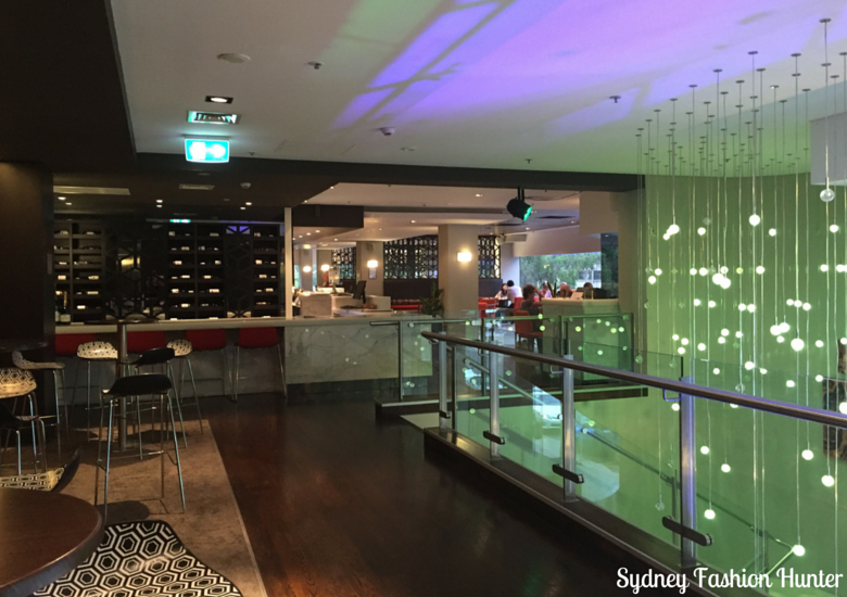 Sydney Fashion Hunter: Novotel Canberra Bar