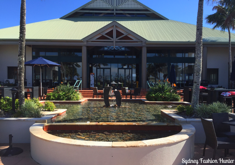 Sydney Fashion Hunter:Sunshine Coast Long Weekend - Novotel Twin Waters Fountain