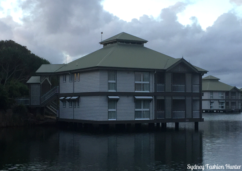 Sydney Fashion Hunter: Novotel Twin Waters Review - Overwater Bungalow