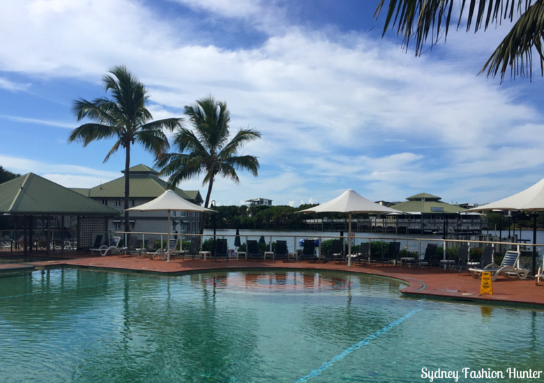 Sydney Fashion Hunter: Novotel Twin Waters Review - Pool