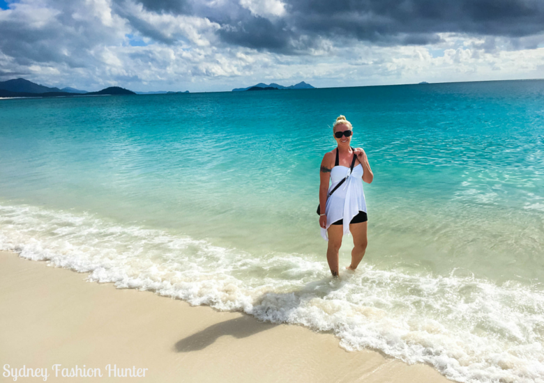 Sydney Fashion Hunter: Whitehaven Beach paddling