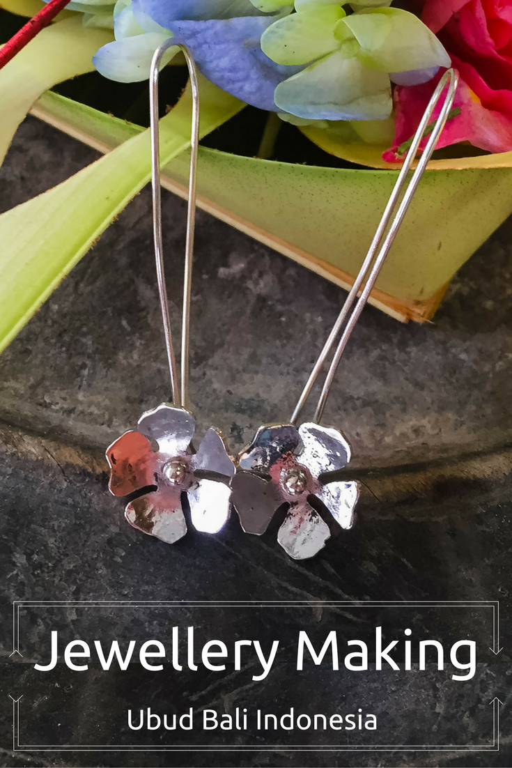 Get creative while in Ubud Bali with a Chez Monique jewellery making class. In a few hours you will have a fabulous piece of silver jewellery that will be a long lasting reminder of your trip. More here http://bit.ly/sfh-silver-class