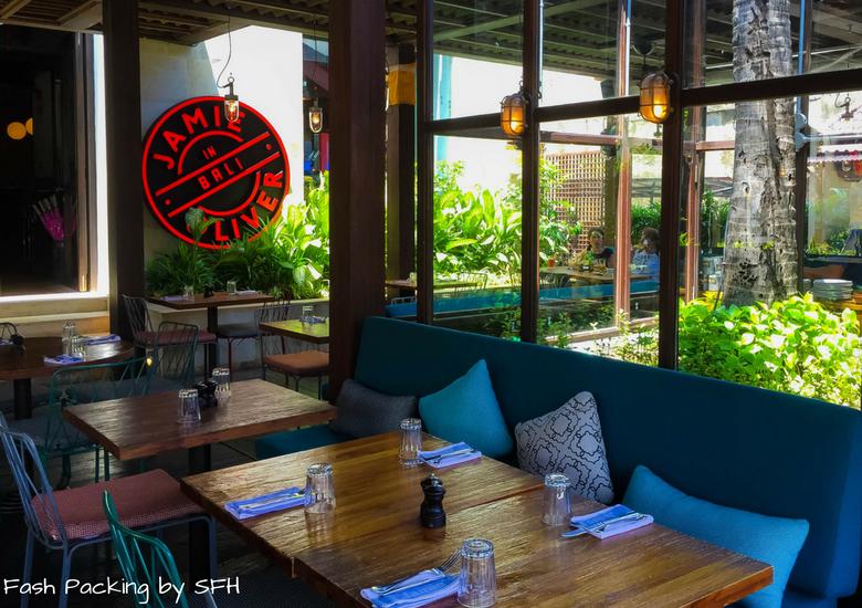 Fash Packing by Sydney Fashion Hunter: Restaurant Review - Jamie's Italian Kuta Bali - Alfresco Dining