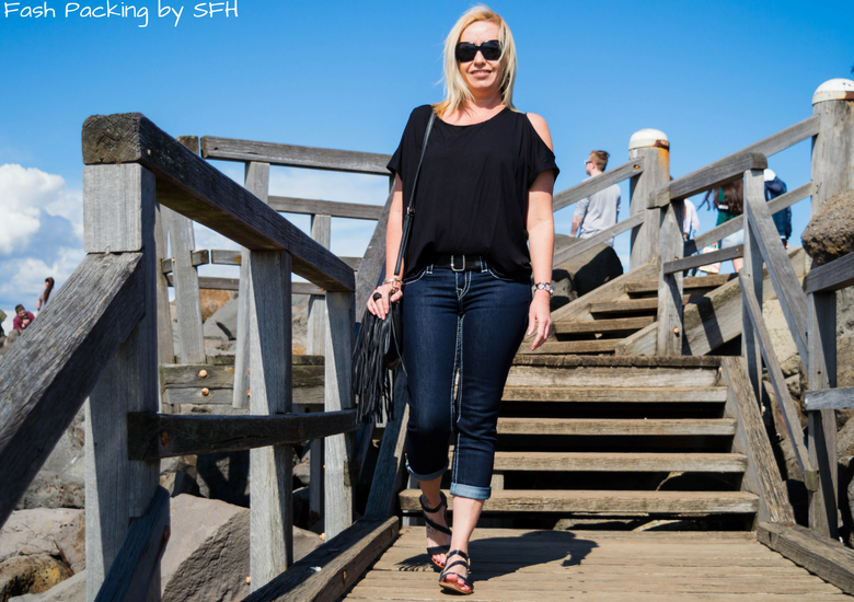 Fash Packing by Sydney Fashion Hunter: Bondi Lifestyle in St Kilda FFF54 - Steps
