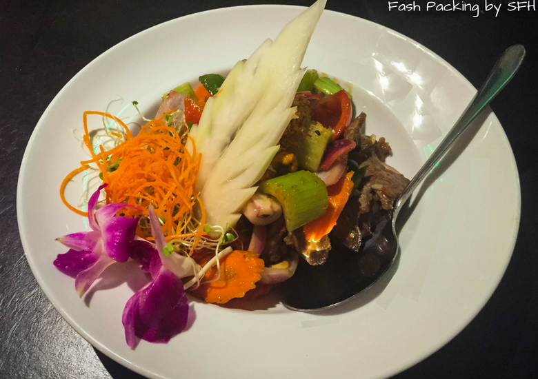 Fash Packing by Sydney Fashion Hunter: Noi Thai Cuisine Waikiki Hawaii - Beef Cashew Nut