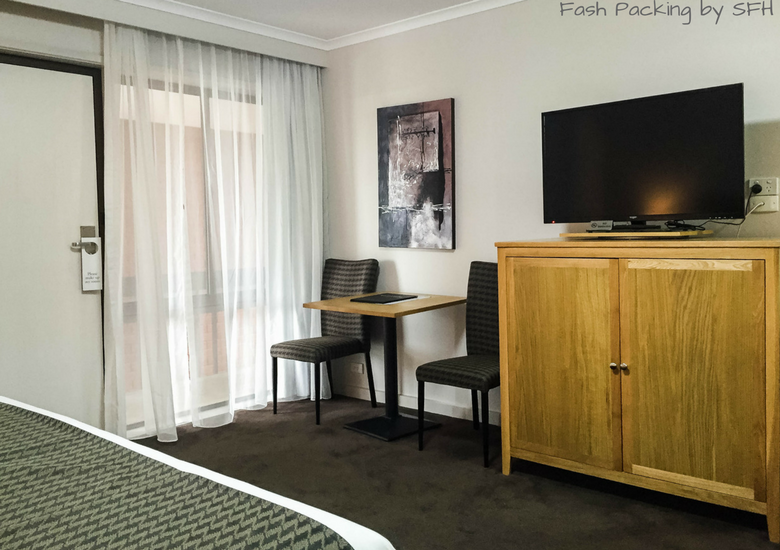 Fash Packing by SFH: Mid City Motel Warrnambool Review