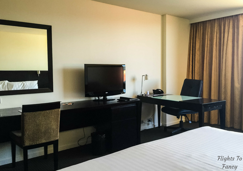 Flights To Fancy: Grand Chancellor Hotel Hobart - Desk