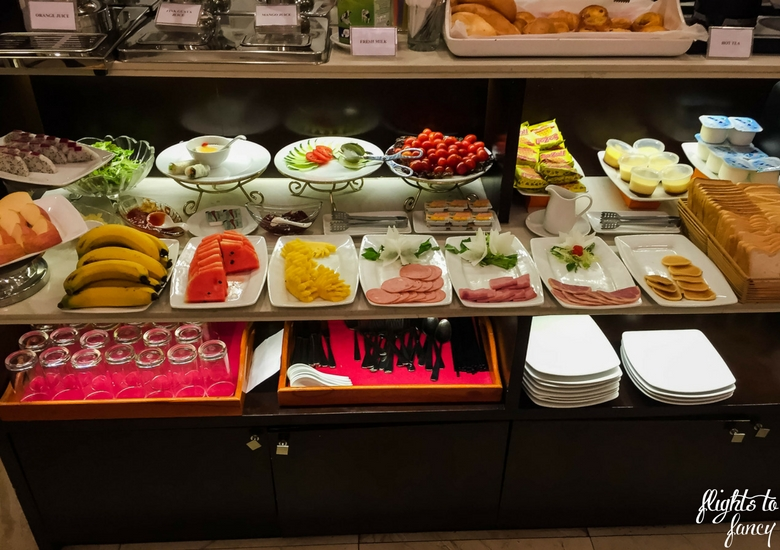 Flights To Fancy: Hanoi Glance Hotel Review - Breakfast Buffet