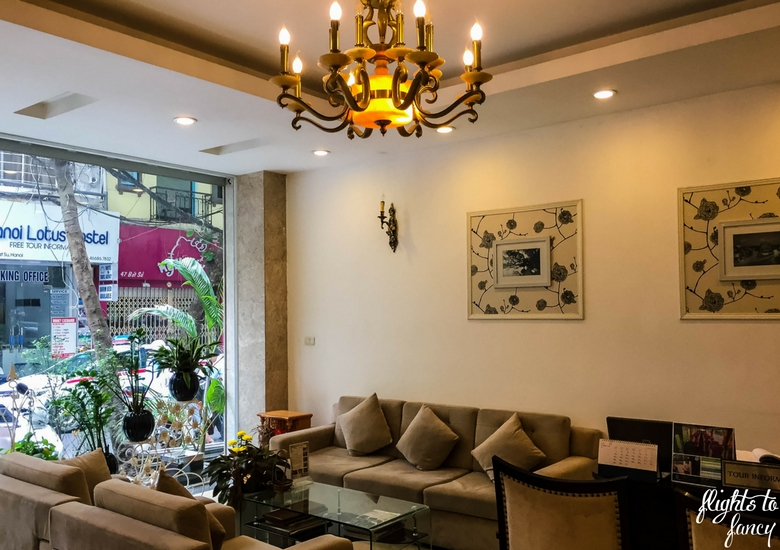 Flights To Fancy: Hanoi Glance Hotel Review - Budget Hotel In Hanoi Lobby