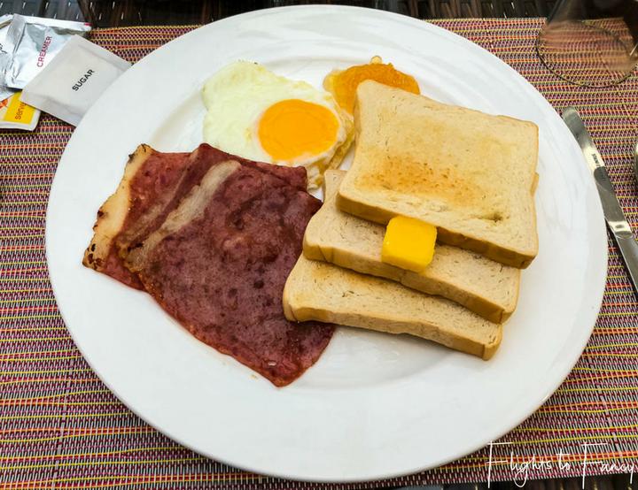 Accommodation El Nido: Ham breakfast at One El Nido Suite