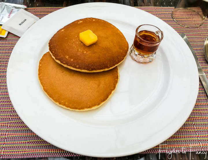Accommodation El Nido: Pancakes for breakfast at One El Nido Suite