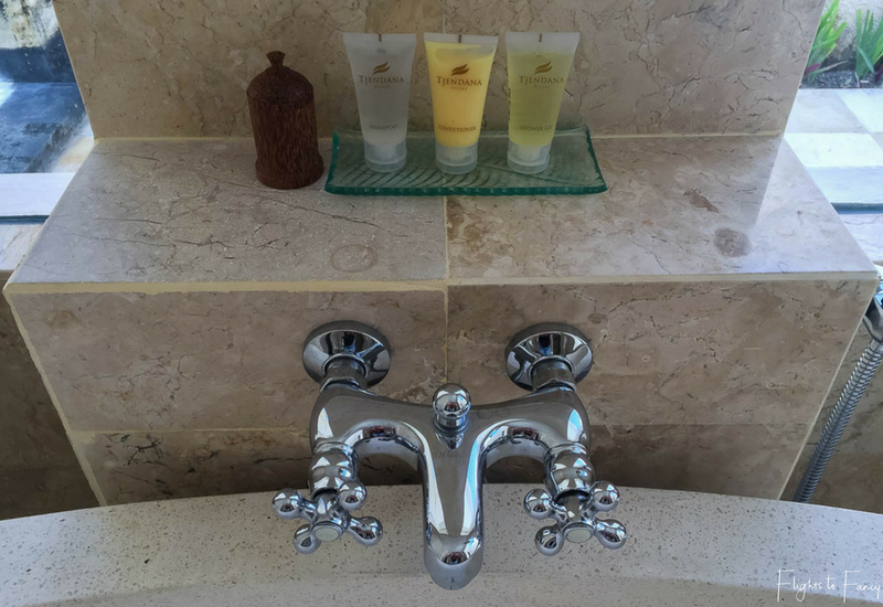 The Club Villas Seminyak: Toiletries in Seminyak Villas 1 Bedroom