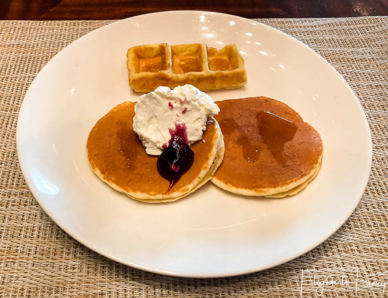 Hotel near SM Cebu City - Radisson Blue Cebu Breakfast Pancakes & Waffles by Flights to Fancy