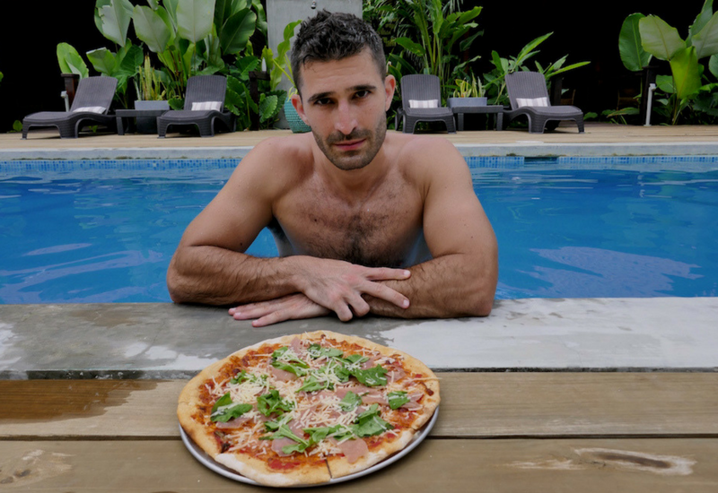 Worlds Best Pizzas: Pizza at Island Plantation hotel in Bocas del Toro in Panama