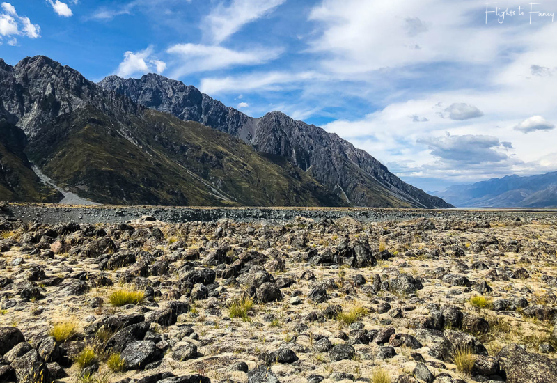 Mount Cook Walks: Barren plains on the Tasman Glacier walk