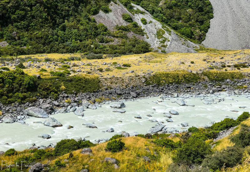 Mount Cook Walks: Hooker River on the Hooker Valley Track