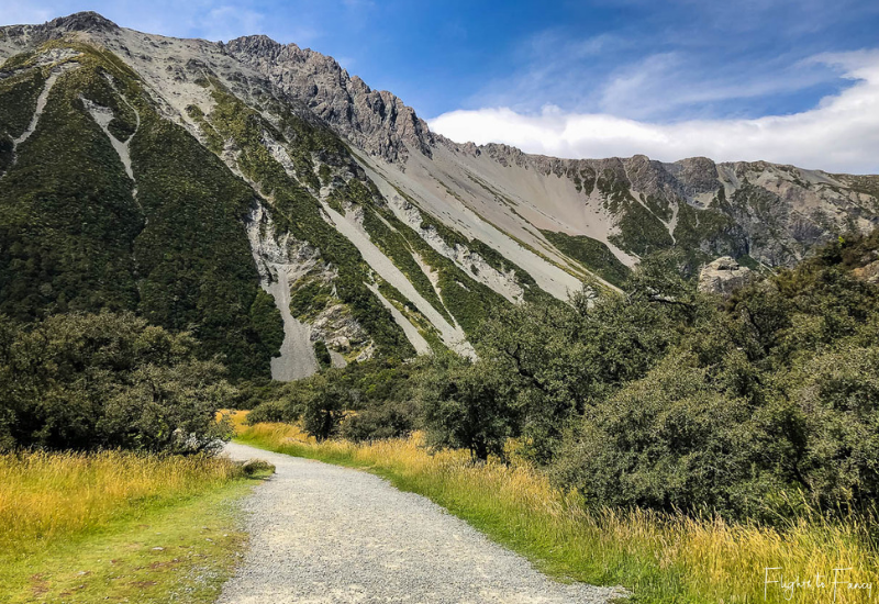 Mount Cook Walks: Hooker Valley Track