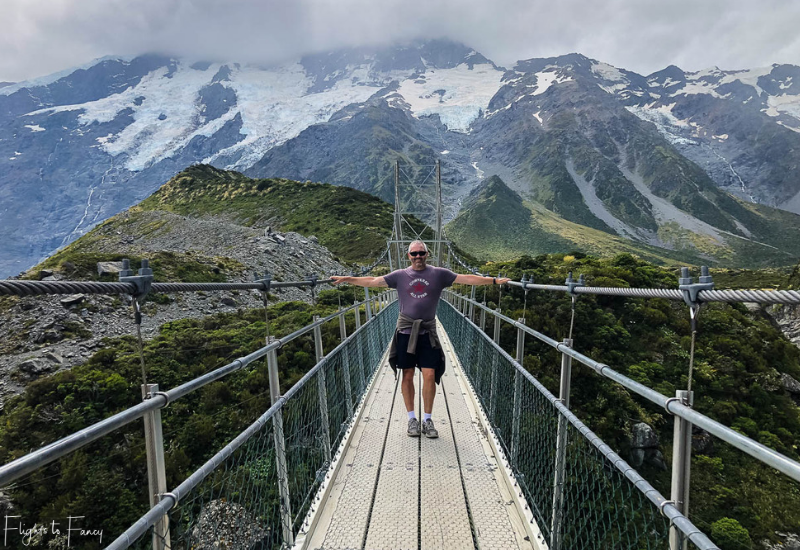 Mount Cook Walks: Suspension Bridge Hooker Valley Track