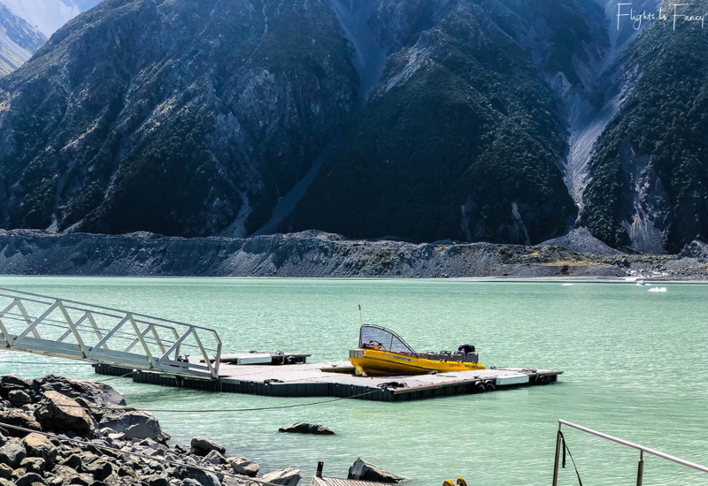 Mount Cook Walks: Tasman Lake jetty