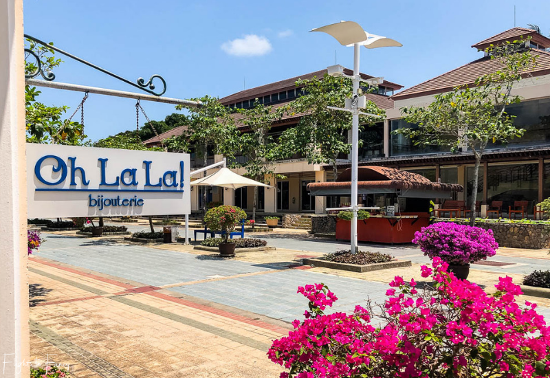 Bangkok Airways Review: Ooh La La Jewellery Samui Airport