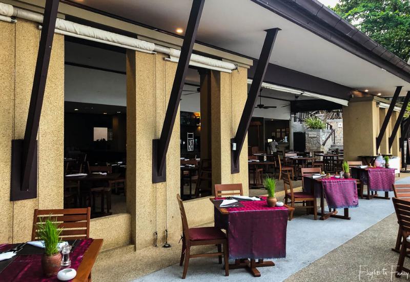 Outdoor seating Sabai Restaurant @ Impiana Resort Chaweng Noi