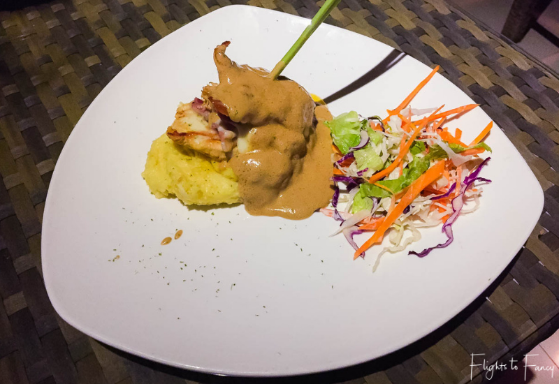 Best Restaurants Nusa Lembongan - Lemongrass Restaurant Nusa Lembongan Chicken Saltimboca