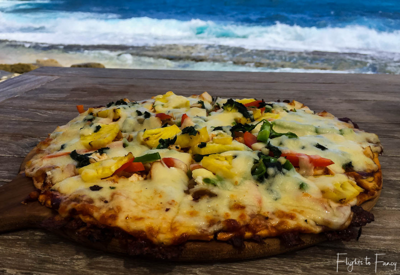 Nusa Lembongan Restaurants - Sandy Bay Beach Club Nusa Lembongan Pizza